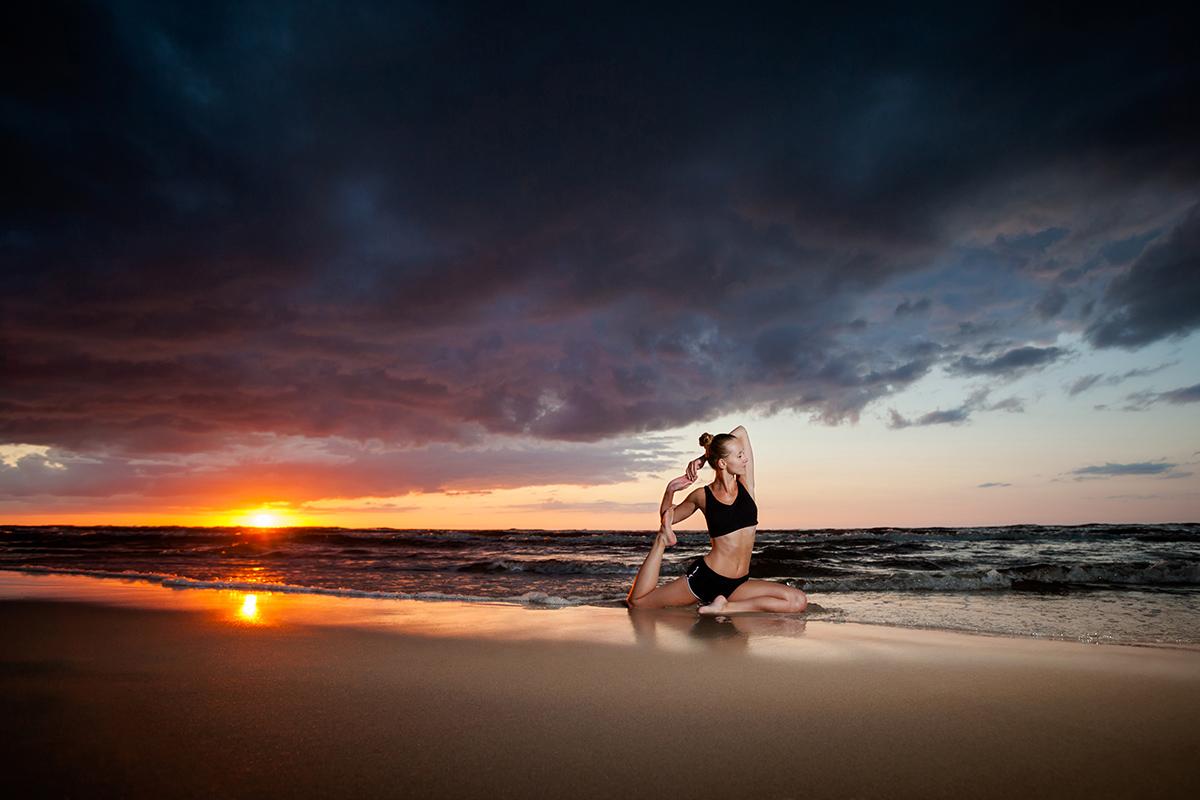 zdjecia jogi fotograf reklamowy bielsko 5 Joga nad morzem   zdjęcia reklamowe Śląsk