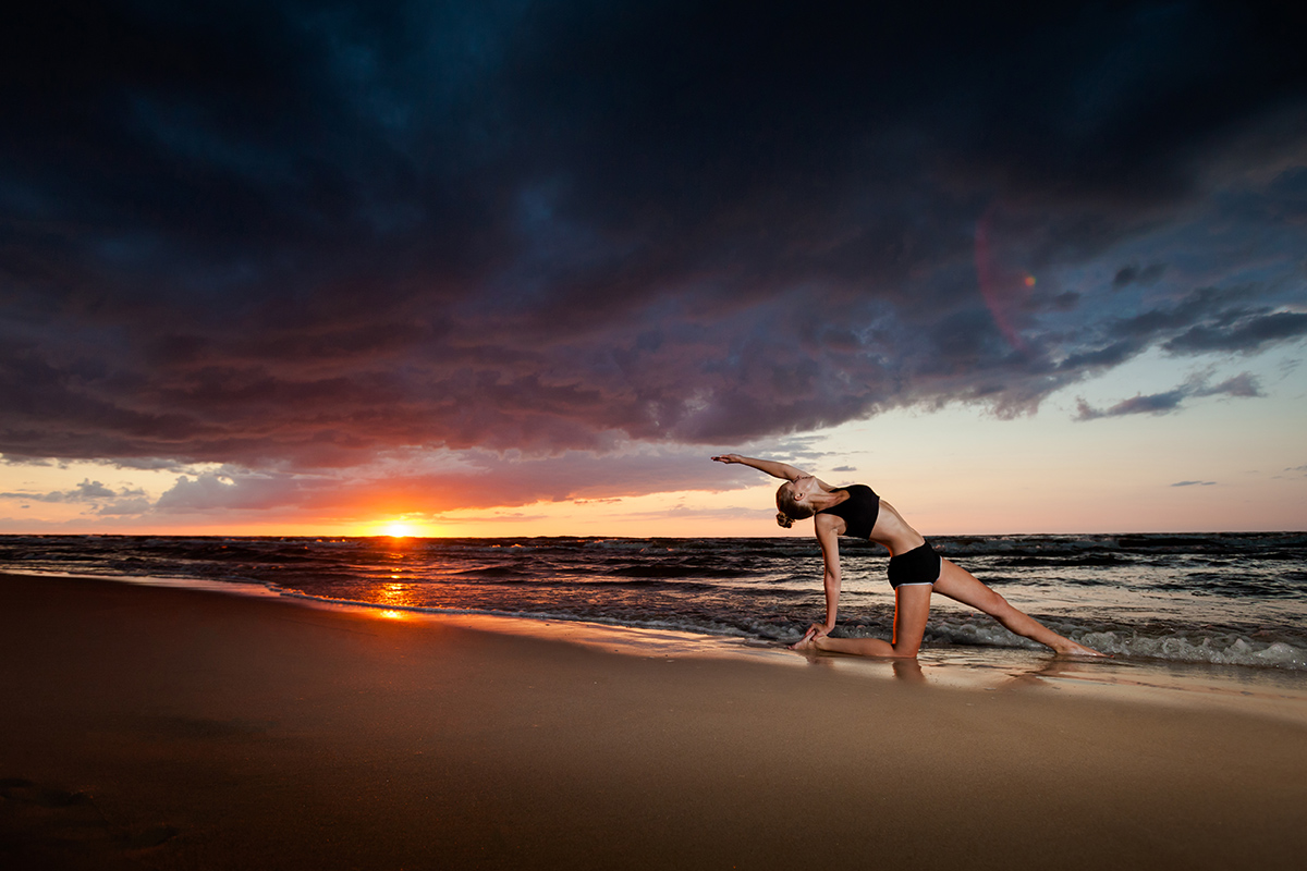 zdjecia jogi fotograf reklamowy bielsko 6 Joga nad morzem   zdjęcia reklamowe Śląsk