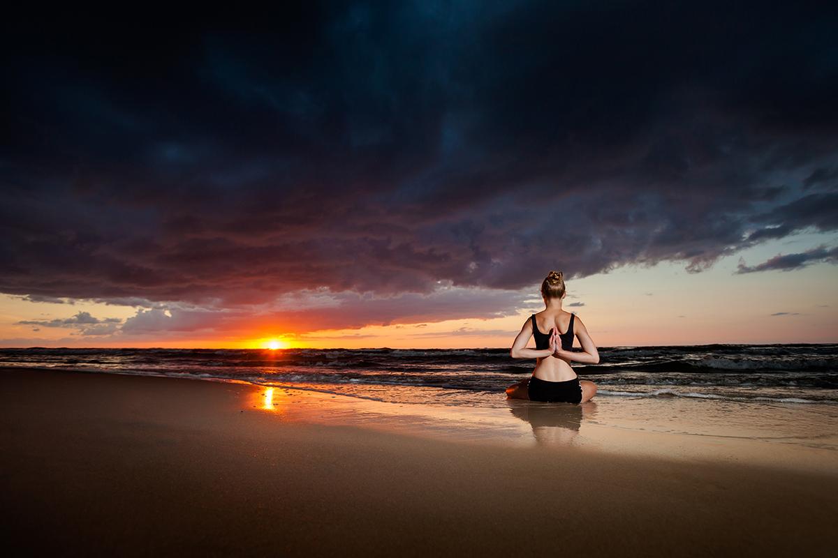zdjecia jogi fotograf reklamowy bielsko 7 Joga nad morzem   zdjęcia reklamowe Śląsk