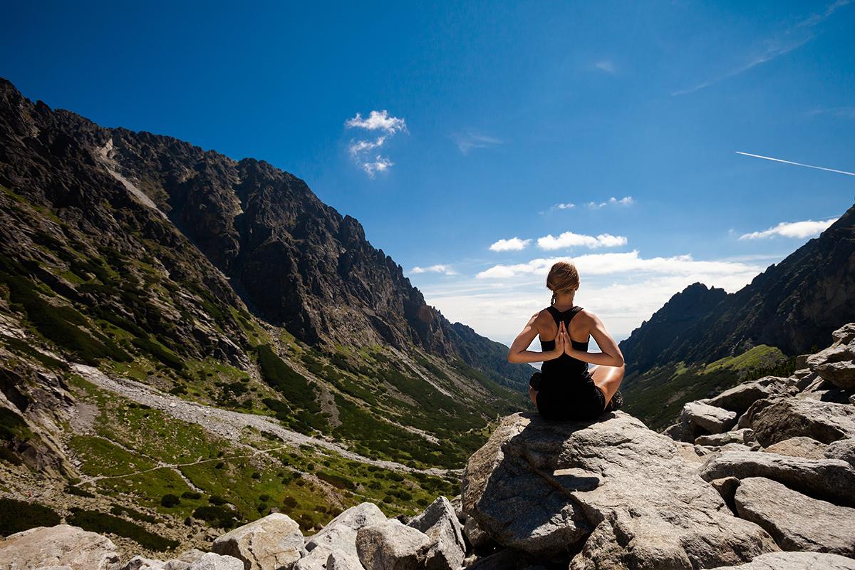 fotografia reklamowa slask zdjecia jogi 3 Sesja jogi w Tatrach