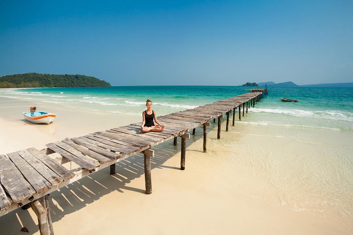 zdjecia jogi na plazy fotografia slask 09 Egzotyczna sesja jogi   fotografia reklamowa
