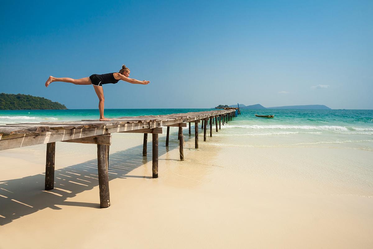 zdjecia jogi na plazy fotografia slask 10 Egzotyczna sesja jogi   fotografia reklamowa