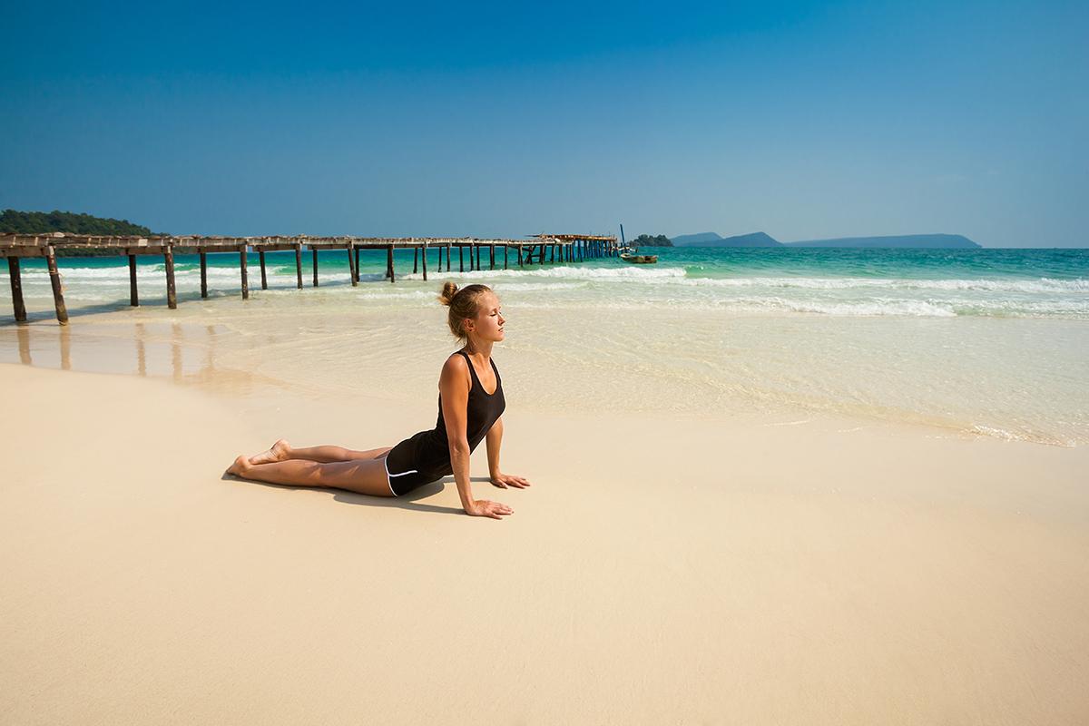 zdjecia jogi na plazy fotografia slask 13 Egzotyczna sesja jogi   fotografia reklamowa